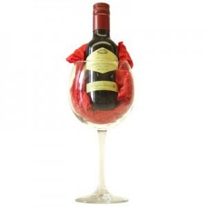 כוס עם מיני יין
