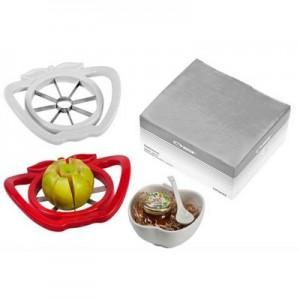 דלישס - סט של פורס תפוחים מעוצב, עם קערת פורצלן בצורת תפוח וכפית תואמת