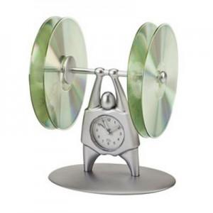 Power - שעון שולחני עם מקום לדיסקים