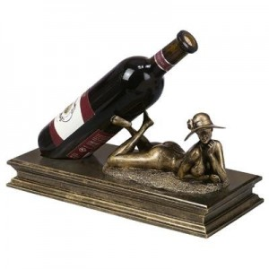 נופש על החוף מעמד לבקבוק יין