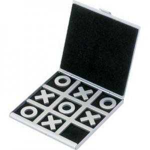 סלוגיס - משחק איקס-מיקס-דריקס ממתכת
