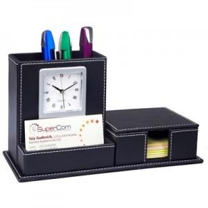 מעמד שולחני דמוי עור עם שעון (הניירות להמחשה בלבד)